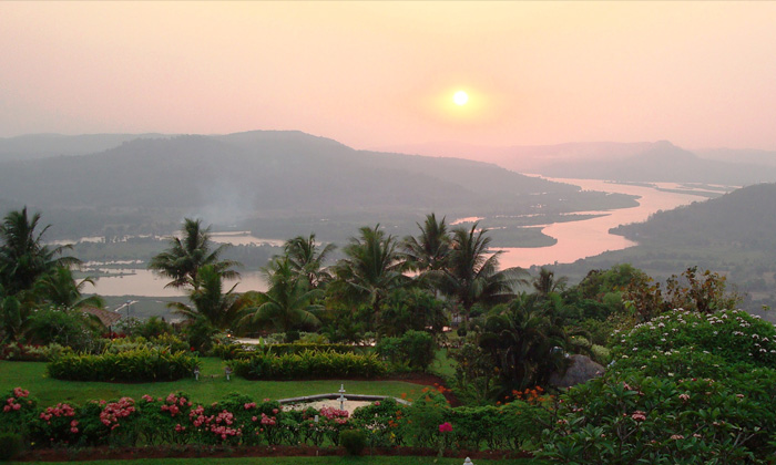 The Riverview Resort - Chiplun @ 13% off at Rs 7280