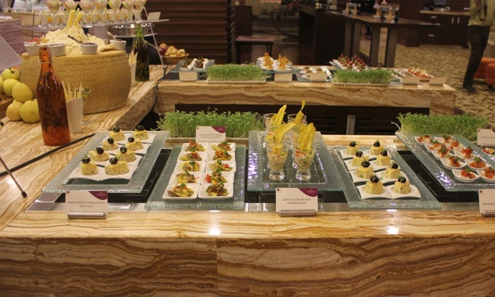 50 Discount Crowne Plaza Sg Highway Ahmedabad Buffet