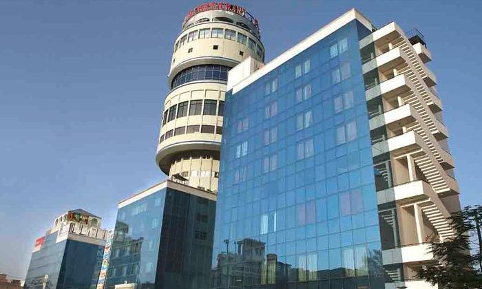 Hotel Om Tower