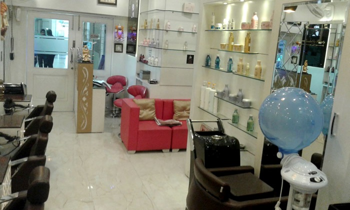 Gorgeous Bee Unisex Hair Salon