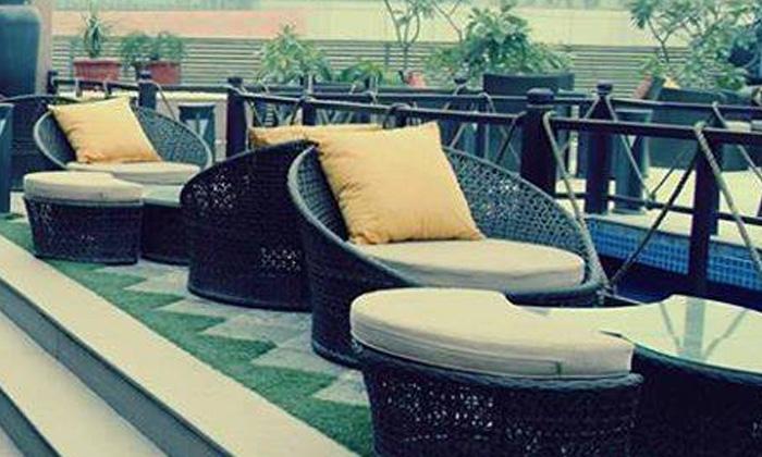 Terrace Bar & Bistro