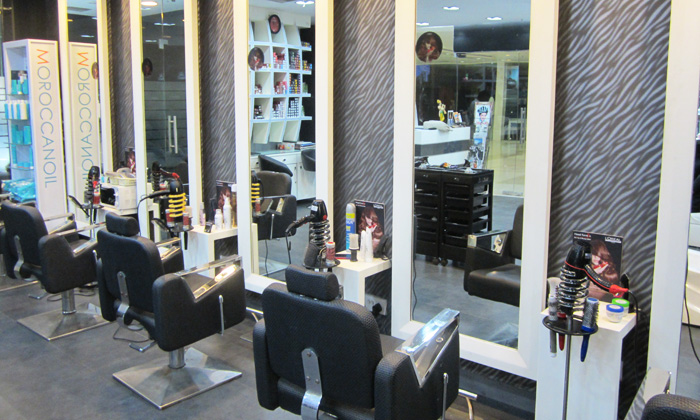 69 discount at head turners ballygunge city center for Motor city beauty salon